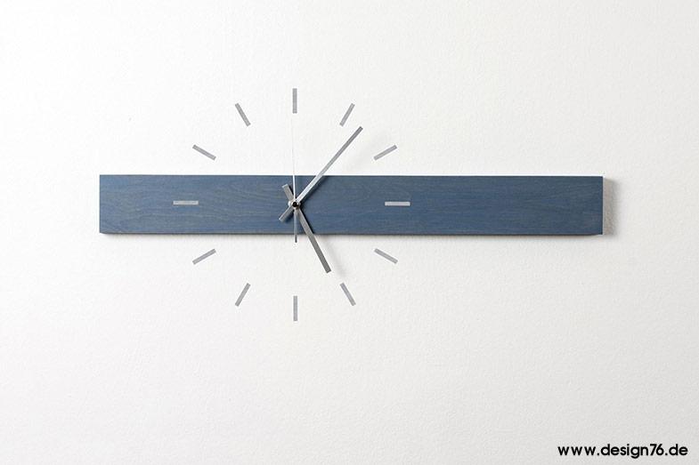 design wanduhr buche blau lasiert online kaufen. Black Bedroom Furniture Sets. Home Design Ideas