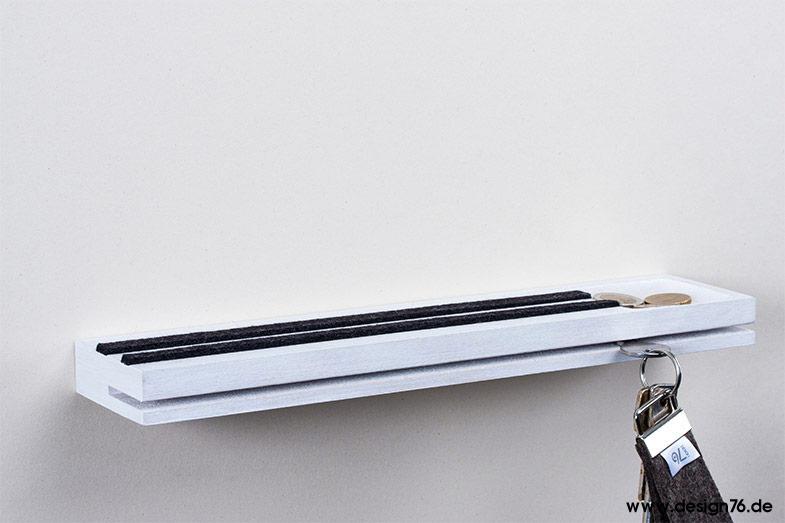 schl sselbrett mit vertiefung modern mit ablage wei. Black Bedroom Furniture Sets. Home Design Ideas